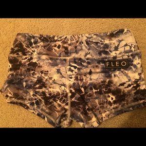 FLEO shorts, medium